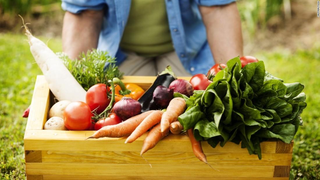 160427132415-vegetable-basket-super-169