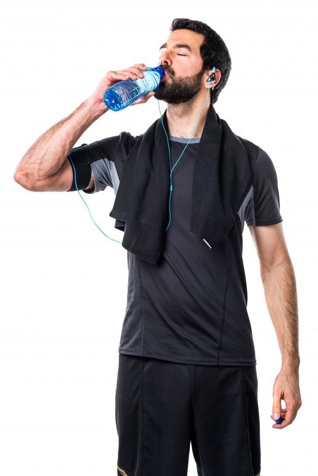 strength-lifestyle-athletic-soda-man_1368-2572