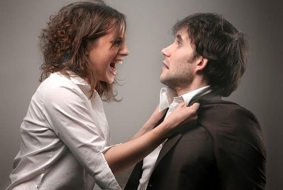 woman-man-arguing