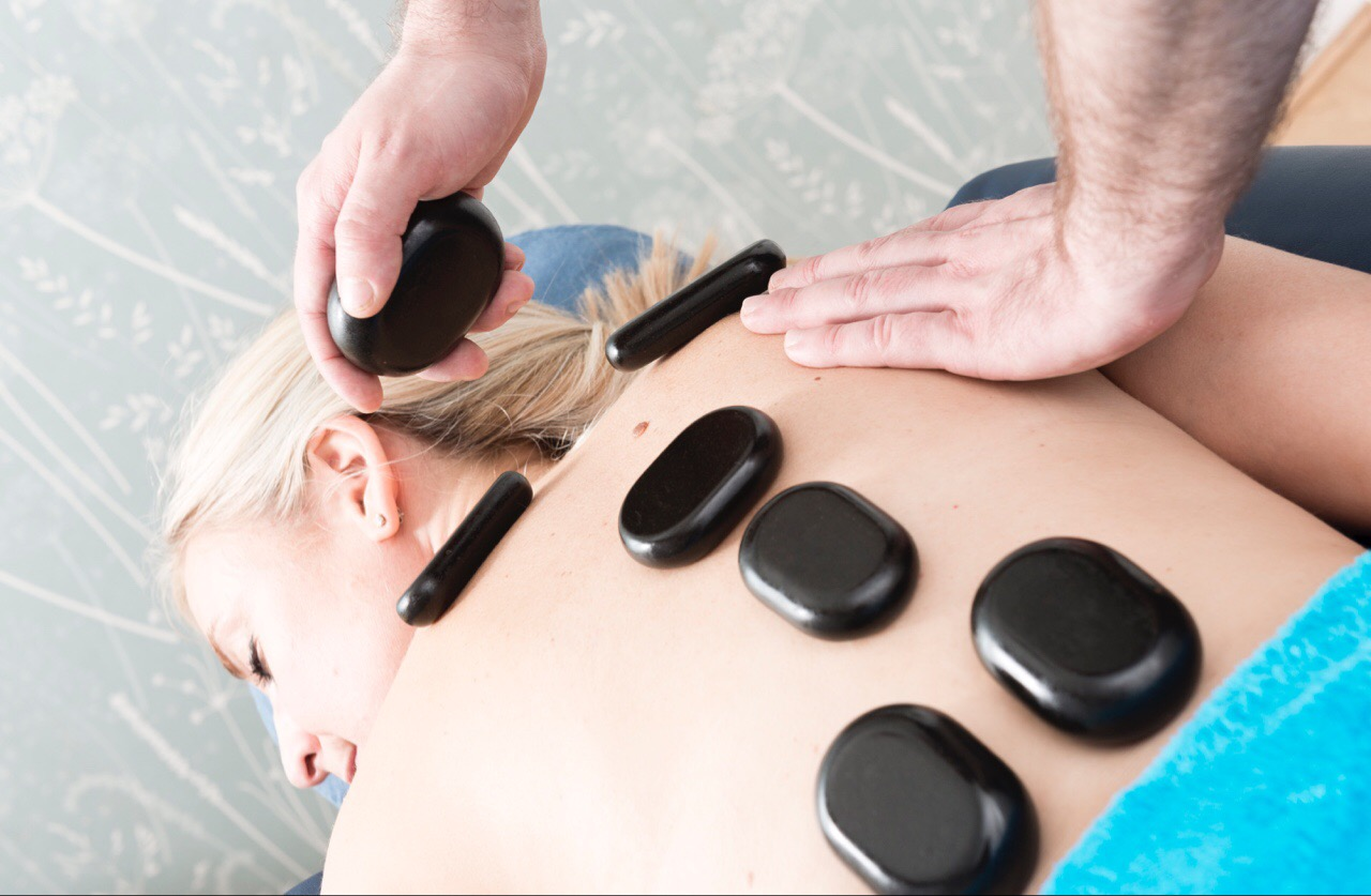 hot-stone-back-massage