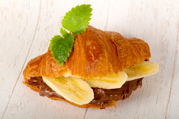 croissant-with-chocolate-and-banana_1472-3071