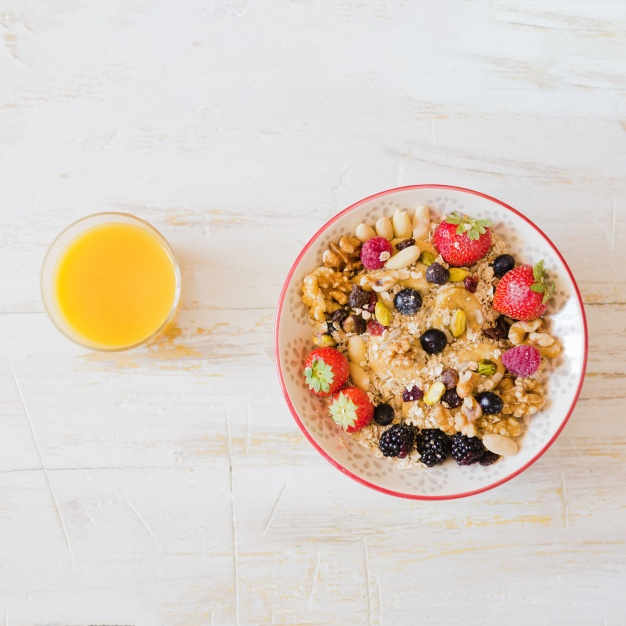 delicious-sweet-breakfast-on-table_23-2147699797