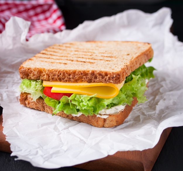 toasted-sandwich-with-lettuce-and-cheese_1220-338