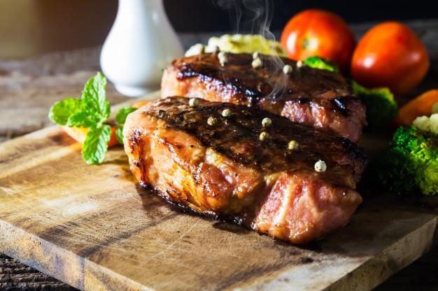 grilled-pork-steak_36082-132